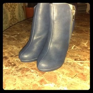 Shoes - Blue ankle boots leather